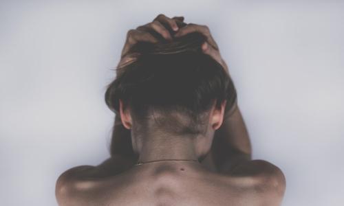 4-nettikasinoidenuhkapeliriippuvuuden-terveysvaikutusta-Se-voi-vaikuttaa-ihoosi