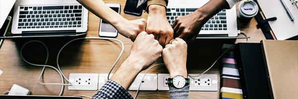 Auta meitä kasvamaan Liity tiimiin ja työskentele kanssamme - Auta meitä kasvamaan